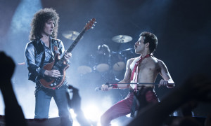 DF-10956_R – Gwilym Lee (Brian May) and Rami Malek (Freddie Mercury) star in Twentieth Century Fox's BOHEMIAN RHAPSODY. Photo Credit: Alex Bailey.